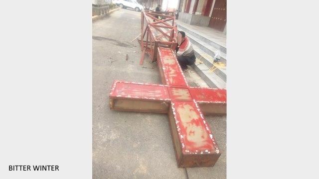 中国河南省の教会に十字架を外す命令が下る