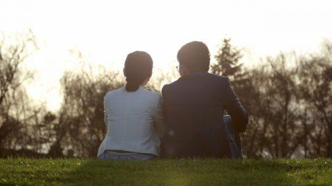 幸せな結婚生活,家と車を持たず,維持する方法