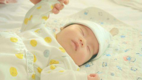 奇跡!医学的に不妊と診断されたあと、彼女は元気な赤ちゃんを産んだ(I)