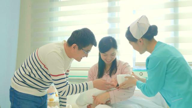 奇跡!医学的に不妊と診断されたあと、彼女は元気な赤ちゃんを産んだ(II)